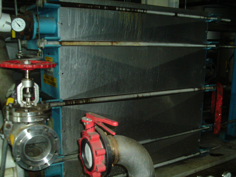 Used Superchanger 3959.4 square feet stainless steel plate heat exchanger