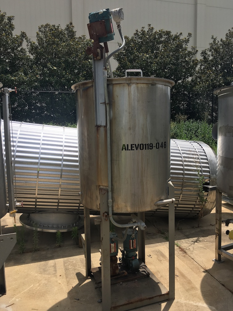 Used FESCO 175 gallon 304 stainless steel vertical mix tank(SOLD)