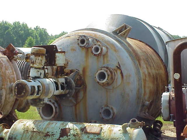 Used Industrial Process Engineers approximate 2600 gallon 304L S/S Reactor