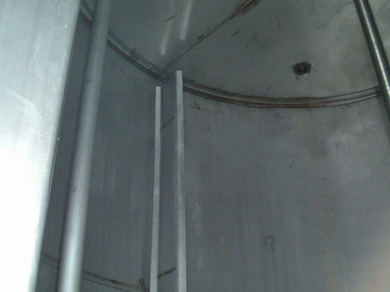 Used approximately 3000 gallon 304 stainless steel tank(SOLD)