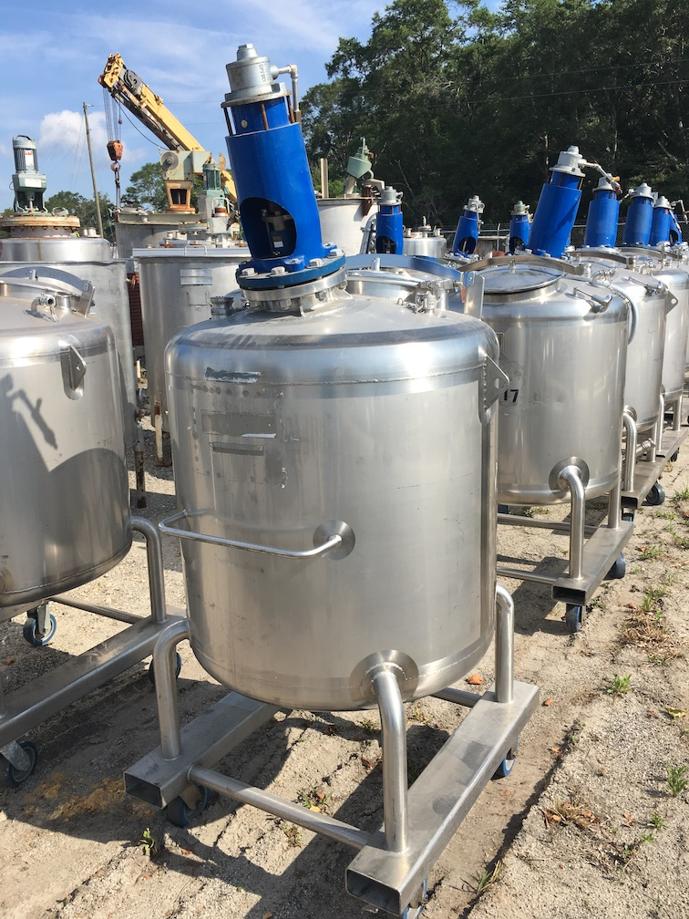 Used Feldmeier Equipment approximately 130 gallon SS vertical mix tank(SOLD