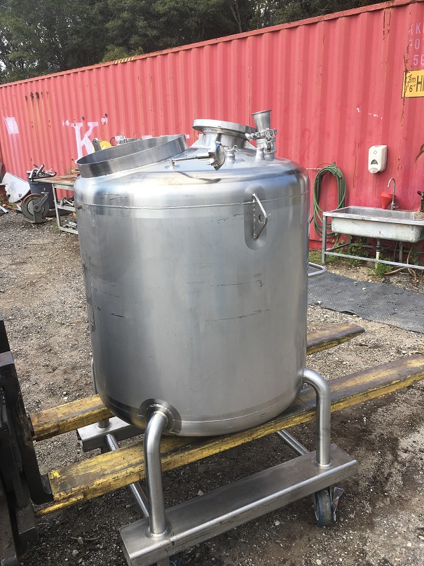 Used Feldmeier Equipment approximately 130 gallon 316 SS vertical tank(SOLD