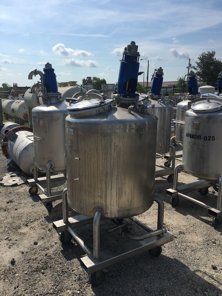 Used Feldmeier Equipment approximately 130 gallon SS vertical mixtank(SOLD)