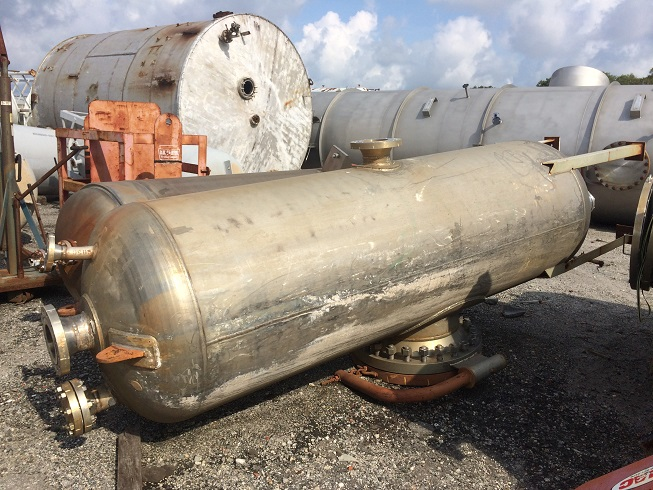 Used Baeuerle and Morris Inc. approx 600 gallon vert 316L S/S Separator