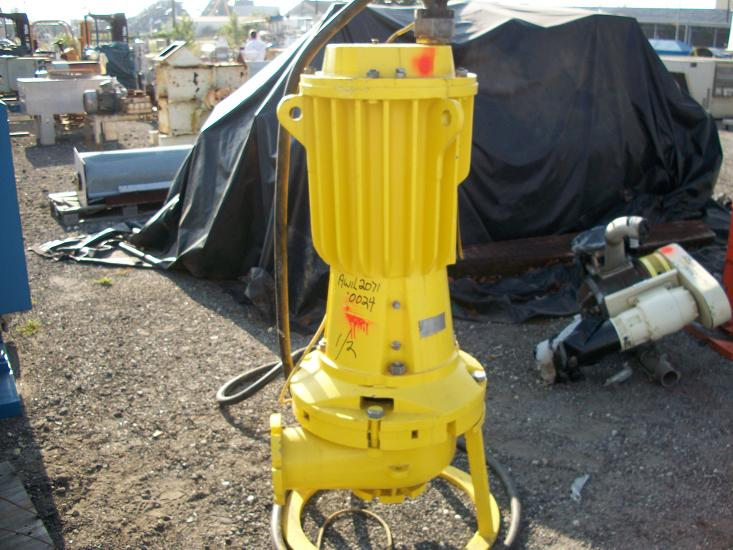 Used Hazleton submersible slurry pump.  Size 6-12 SNR-H