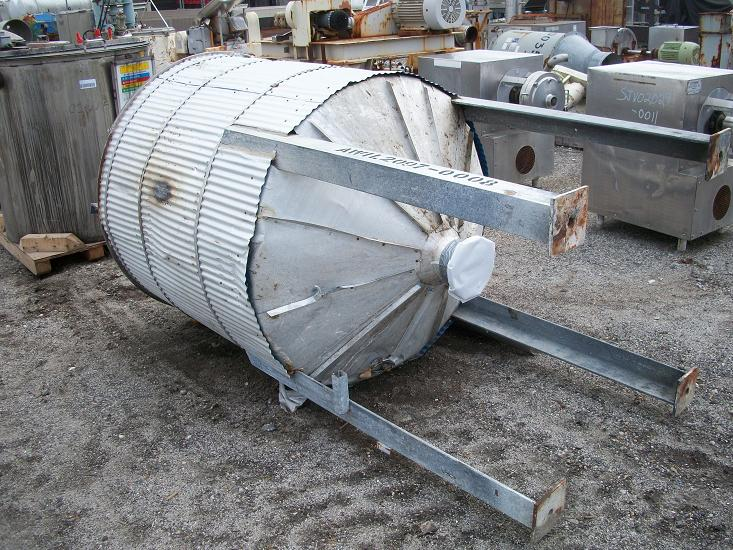 Used approximately 400 gallon S/S vertical insulated storage tank