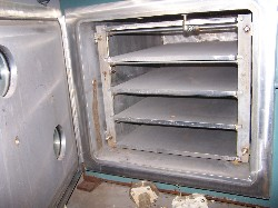 Shelf Dryer:  Stokes SS-4 shelf-24x36-50PSI@650