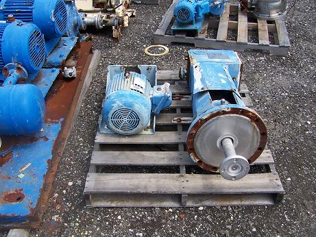 Used Chemineer right angle agitator drive.  Model 1-HTN-5, S/N 1-86299-1.