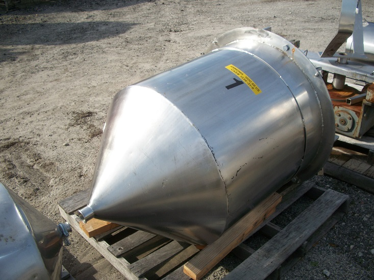 Used approximately 110 gallon vertical 316 SS Tank (SOLD)