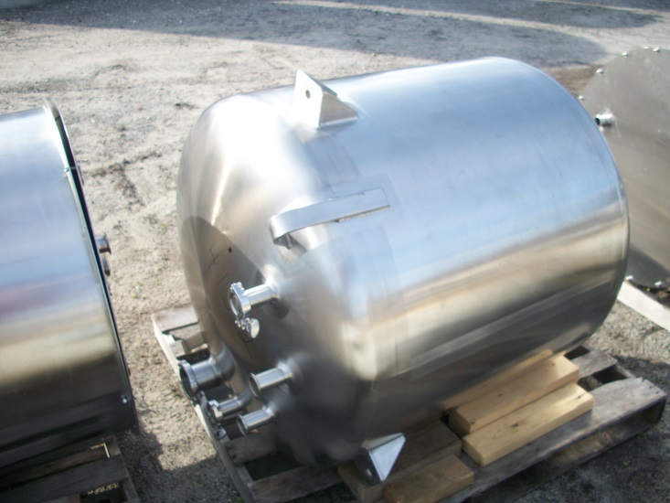 Used Cherry Burrell 130 gallon vertical 316 stainless steel tank(SOLD)
