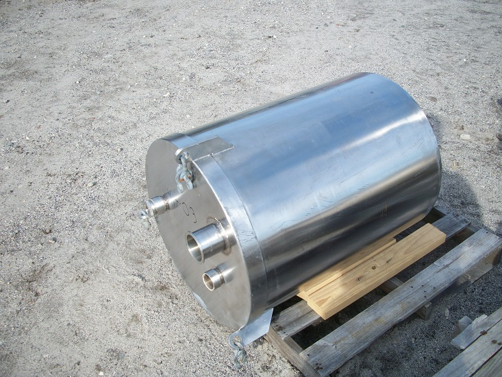 Used approximately 55 gallon vertical 316 stainless steel tank