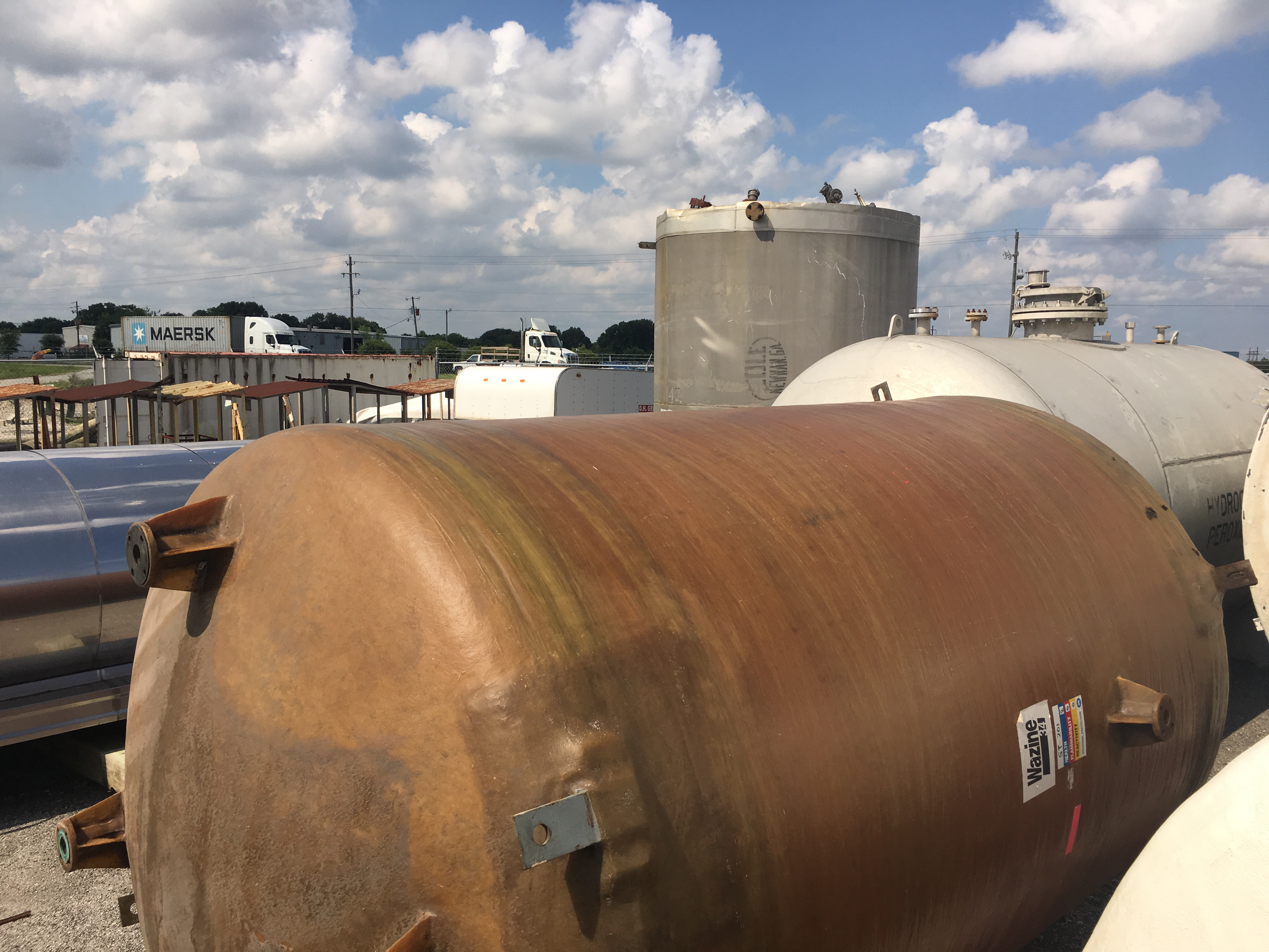 Used Ershigs Inc. 4100 gallon vertical fiberglass tank (Sold)
