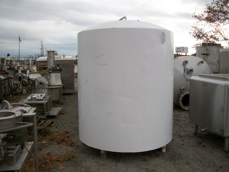 Used approximately 1000 gallon insulated stainless steel tank