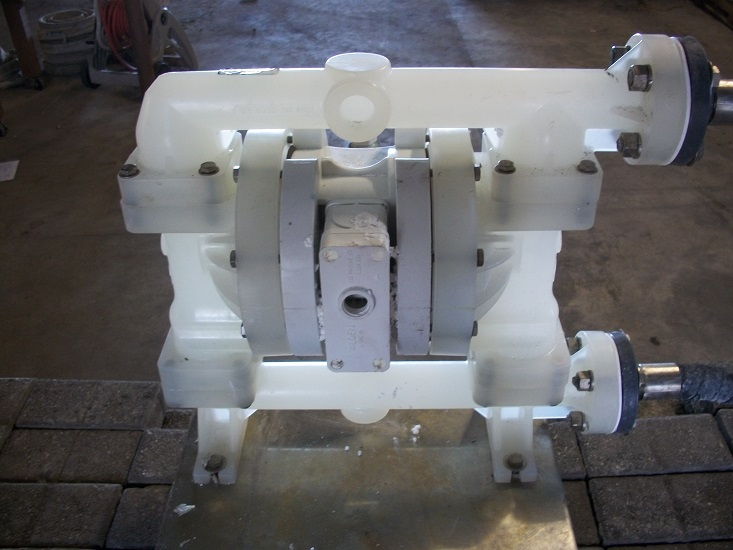 "Used Wilden Model P200 1"" advanced plastic Diaphragm Pump(SOLD)"