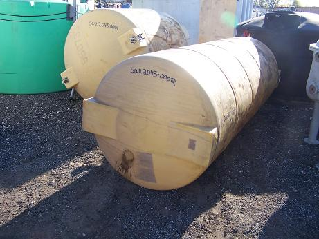 Used approximately 1000 gallon horizontal poly tank.(SOLD)