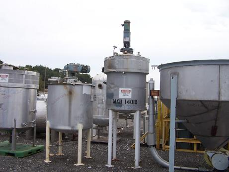 Used Mueller 200 gallon vertical jacketed stainless steel tank