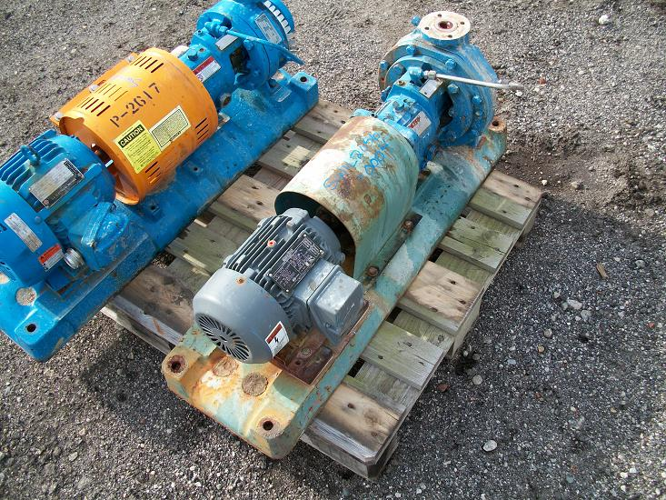 Used Goulds 316 stainless steel centrifugal pump.  Size 1X 1.50 X approx. 8