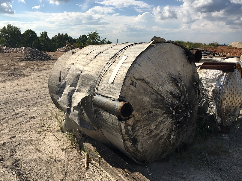 Used Whiting Metals approximately 1300 gallon 304L Stainless Steel Tank
