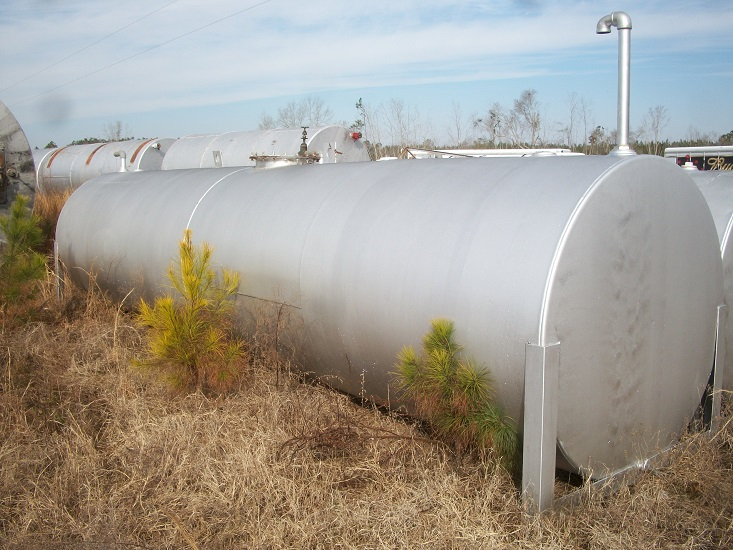 Used approximately 3500 gallon working capacity horizontal C/S Tank