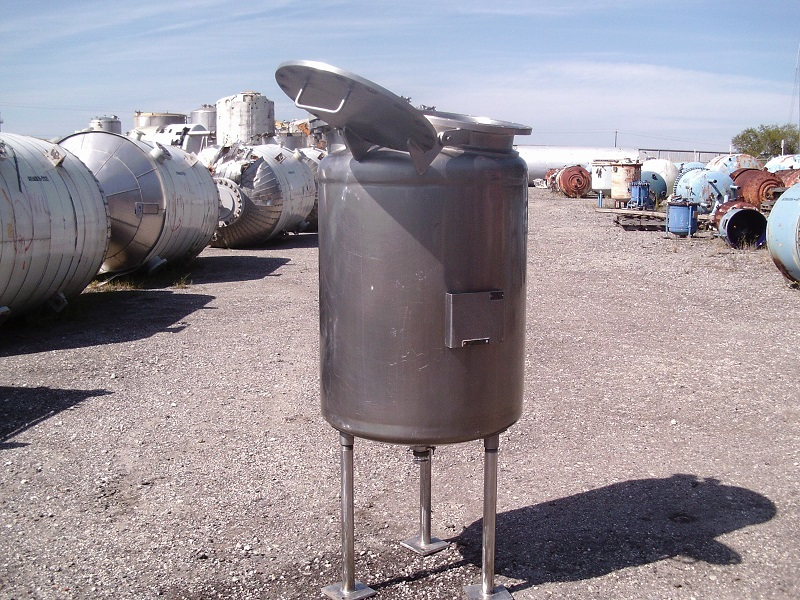 Used Overly Inc. approximately 100 gallon vertical S/S pressure Tank