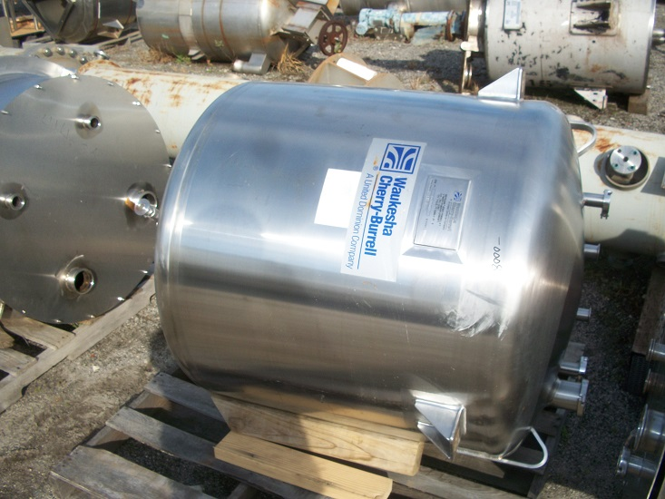 Used Cherry Burrell 130 gallon vertical 316 stainless steel tank