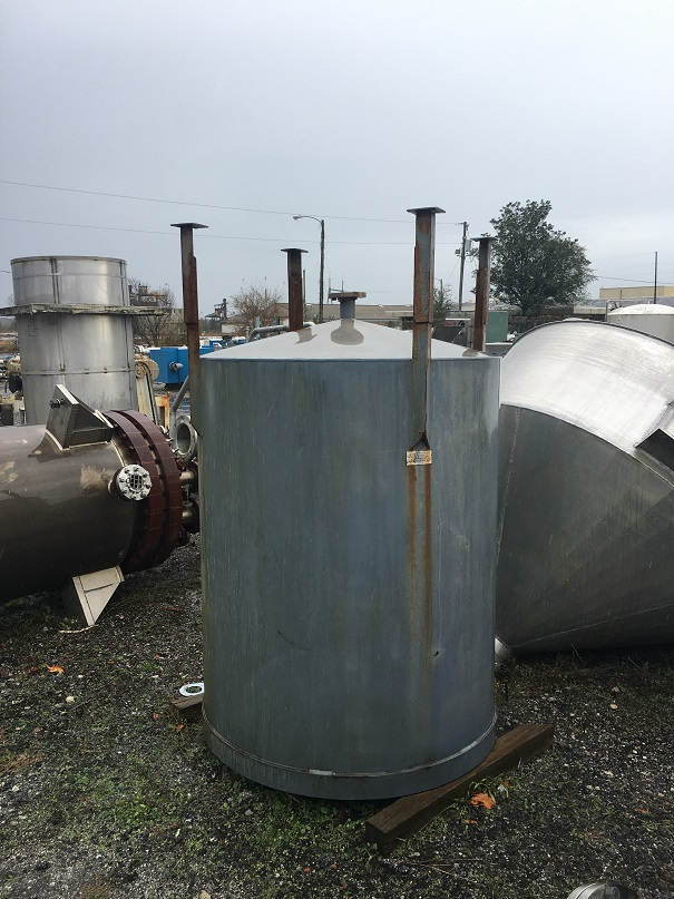 Used approximately 470 gallon carbon steel open top tank