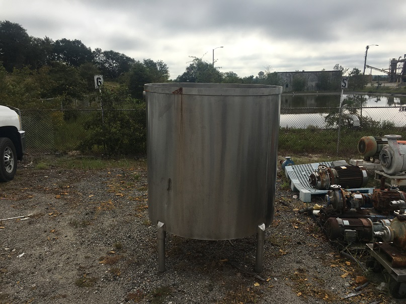 Used approximately 300 gallon 304 stainless steel open top tank