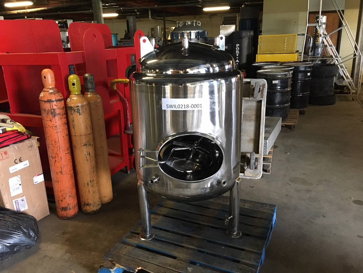 Used approximately 90 gallon 304 S/S vertical jacketed brite tank