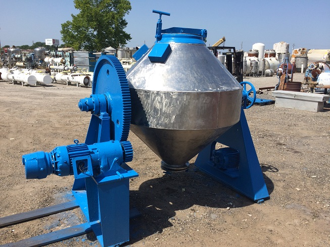 Used approximately 20 cu. ft. stainless steel double cone mixer