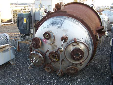Used Pfaudler 500 gallon T-316L stainless steel reactor body.  52