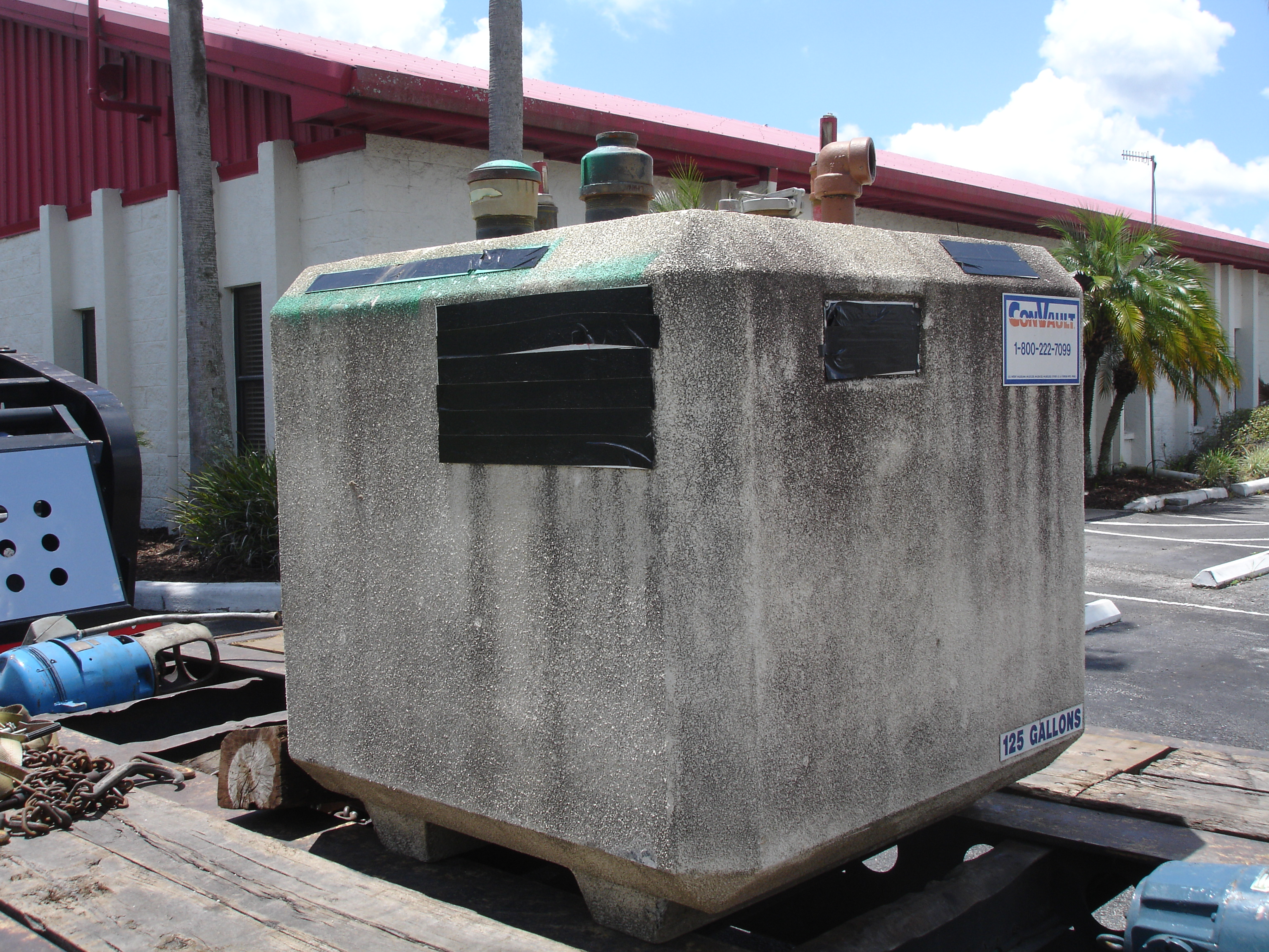 Used ConVault 125 gallon above ground fuel tank